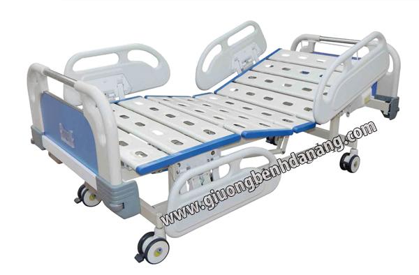 Giường bệnh 2 chức năng điều khiển cơ tay S-06