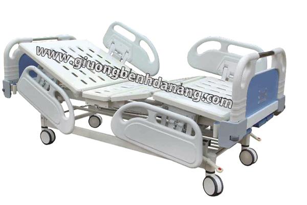 Giường bệnh 3 chức năng điều khiển bằng cơ tay mã S-02